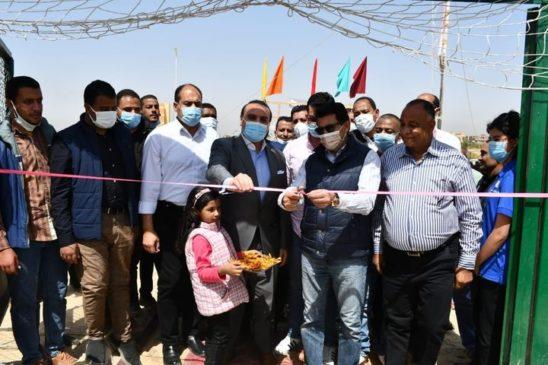 وزير الرياضة يفتتح ملعب قانوني بمركز شباب الحسينات بالأقصر 33532