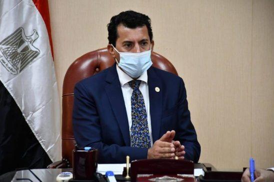 وزير الرياضة يتابع الاستعدادات الخاصة بإستضافة مصر لبطولة العالم للسلاح 62872