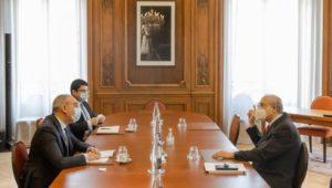سفير مصر في باريس يلتقي سكرتير عام منظمة التعاون الاقتصادي والتنمية  التقى السفير علاء يوسف، سفير