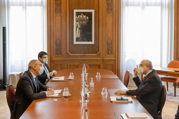 سفير مصر في باريس يلتقي سكرتير عام منظمة التعاون الاقتصادي والتنمية  التقى السفير علاء يوسف، سفير 12266