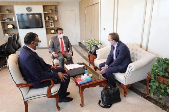 وزير التعليم العالي يبحث مع وفد شركة ألمانية تطوير التعليم الفني التقى الدكتور خالد عبدالغفار وزير 78603