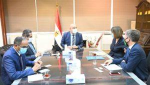 وزير الإسكان يلتقى المنسقة المقيمة للأمم المتحدة بمصر لعرض التجربة العمرانية المصرية  الجزار: الدولة