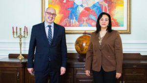 بيان صحفي  - نائب وزير السياحة والآثار لشئون السياحة تلتقي نائب وزير خارجية أوكرانيا خلال زيارتها للعاصمة
