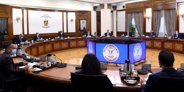 رئيس الوزراء يترأس اجتماع اللجنة الرئيسية لتقنين أوضاع الكنائس الموافقة على تقنين أوضاع 76 كنيسة ومبنى 58899
