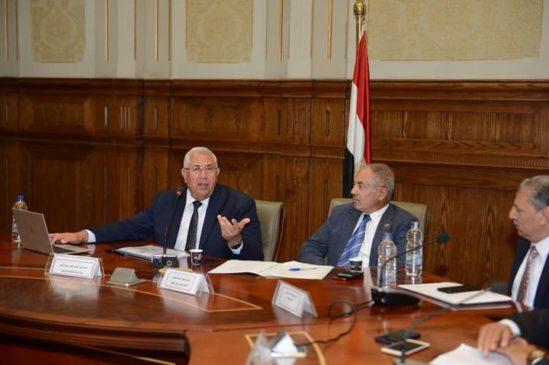 بيان صادر عن وزارة الزراعة واستصلاح الأراضي: وزير الزراعة يستعرض محاور السياسة الزراعية أمام لجنة الدفاع 98649