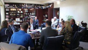 القنصل العام المصري في شيكاجو يلتقي عمدة مقاطعة بولنجبروك بولاية إلينوي  ــ  التقى السفير د