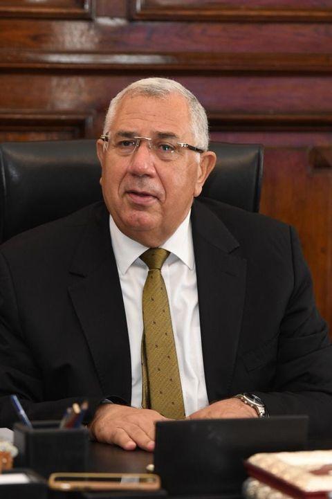 بيان صادر عن وزارة الزراعة واستصلاح الأراضي: وزير الزراعة 138,7 مليون جنية تمويل جديد للمشروع القومى للبتلو 64100