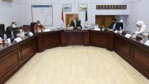 - وزير السياحة والآثار يعقد اجتماعاً موسعاً مع لجنة الإشراف على تطوير الخدمات بالمواقع الأثرية والمتاحف