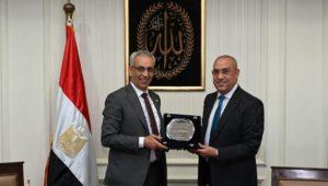 بيان صادر عن وزارة الإسكان والمرافق والمجتمعات العمرانية:  وزير الإسكان يلتقى نظيره الليبي لعرض التجربة
