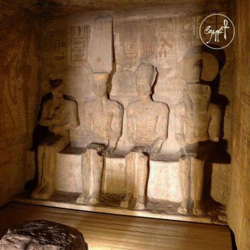 زي النهاردة من كل سنة بتتعامد الشمس على رأس تمثال الفرعون رمسيس الثاني 42784