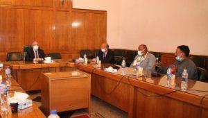 بيان صادر عن وزارة الموارد المائية والري:  - الدكتور عبد العاطى يحضر المرحلة الأخيرة من مراحل اختيار