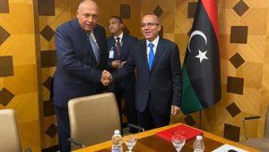 بيان صادر عن وزارة الخارجية:  وزير الخارجية يُجري لقاءات مع رئيس المجلس الرئاسي الليبي ونائبيه